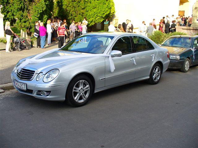 Miriama Šulíková{{_AND_}}Juraj Uhrík - svadobné auto...