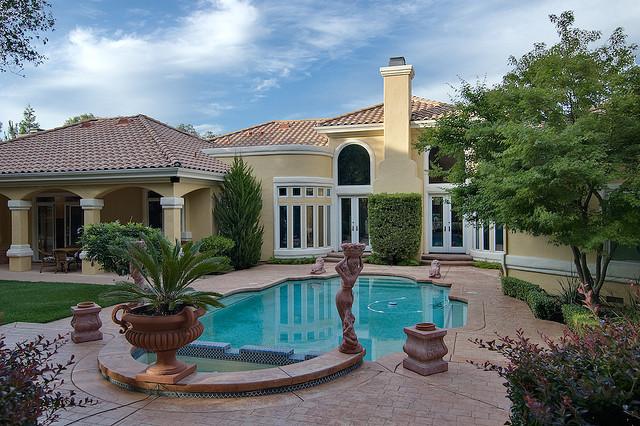 Dom s bazenom, alebo bazen s domom? - Obrázok č. 48