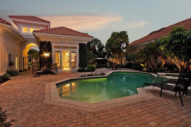 Dom s bazenom, alebo bazen s domom? - Obrázok č. 73