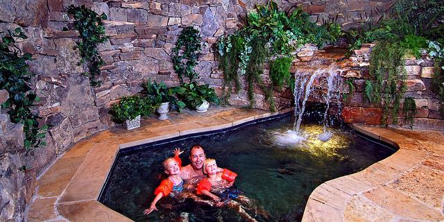 Dom s bazenom, alebo bazen s domom? - Obrázok č. 83