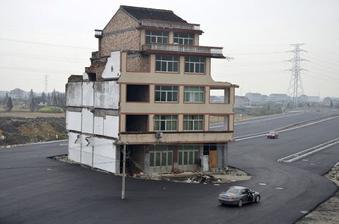 aj tak sa da - pri vystavbe dialnice obist dom