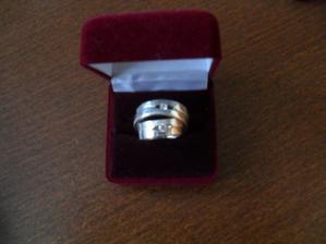 Naše zásnubní prstýnky