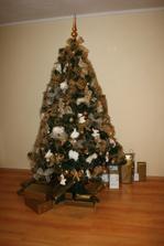 stromček 2010