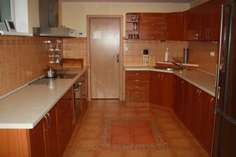 kuchyňa celá