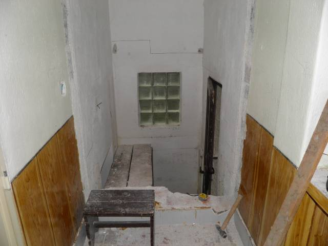 Náš domček, naša radosť a starosť ............... - priečka zmizla a schody sa možu začať kresliť
