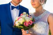 Svadobné šaty s kamienkami a perlami + závoj,kruh, 38