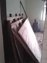 rozoberanie podlahy v jednej izbe hotové