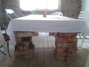 stol na oslavu :)