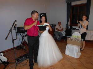 Svatební tombola...