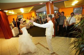 na první tanec jsme měli nacvičenou choreografii...