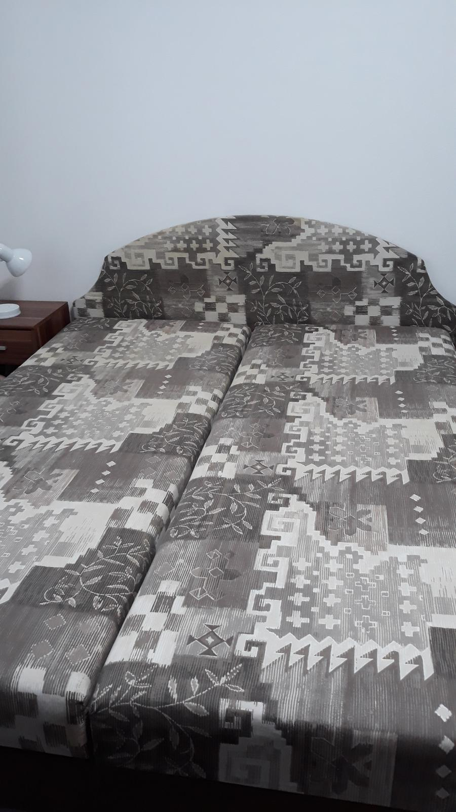 Manželská posteľ - Obrázok č. 1