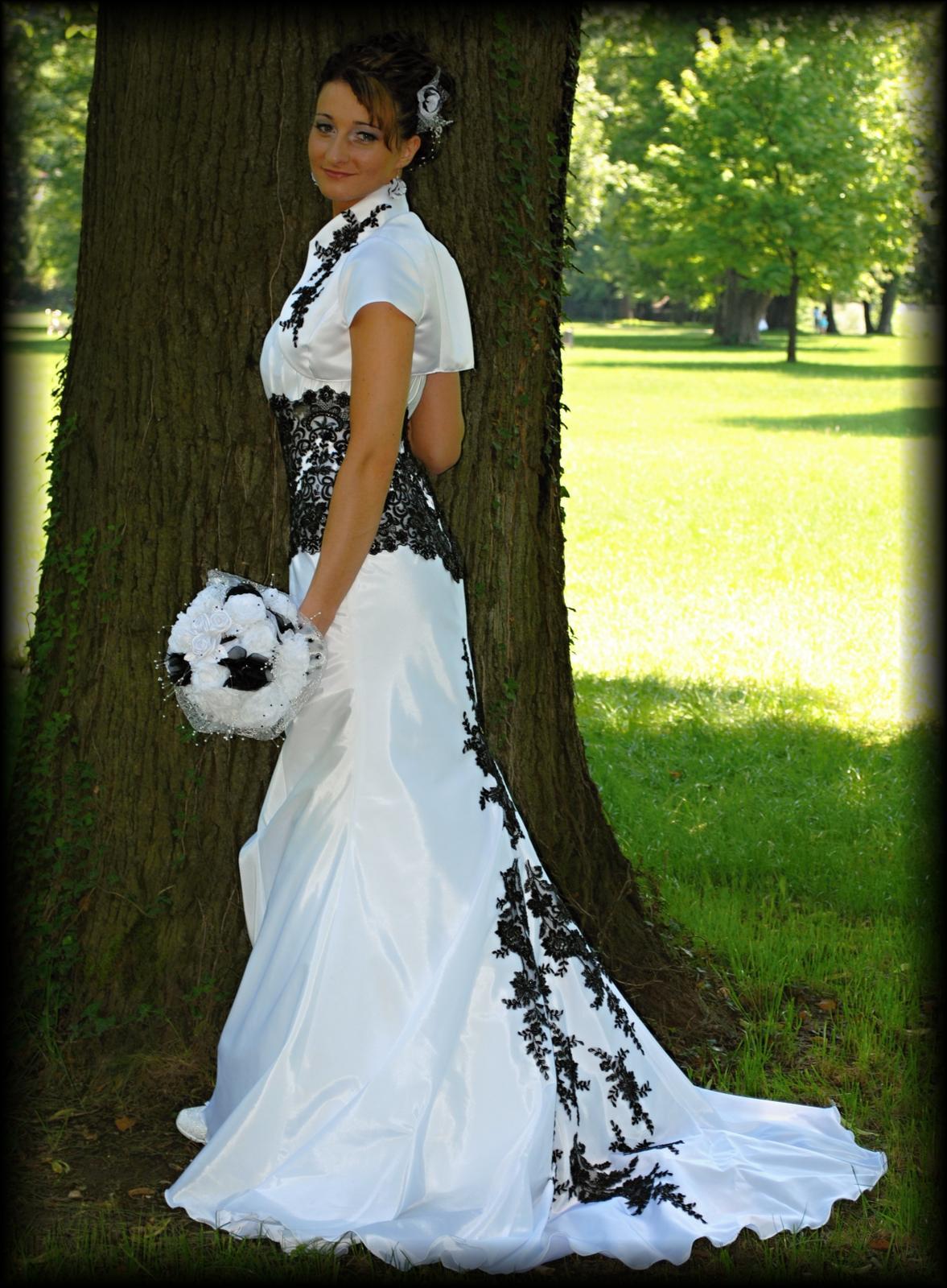 pridavam moje svadobne :D... - Obrázok č. 1