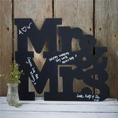 Drevená tabuľová kniha hostí Mr&Mrs,