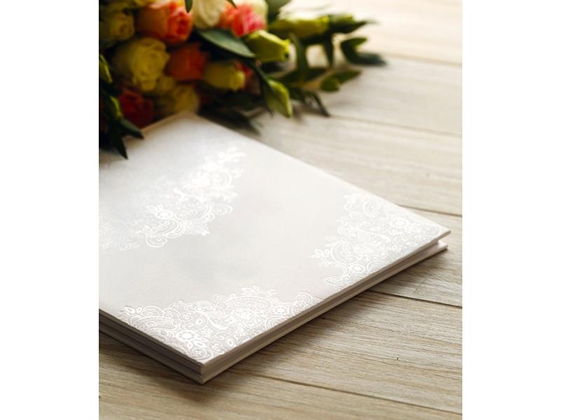 Kniha hostí biela s perleťovým vzorom - Obrázok č. 2