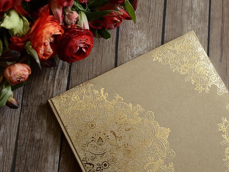 Kniha hostí hnedá kraft so zlatým vzorom - Obrázok č. 2
