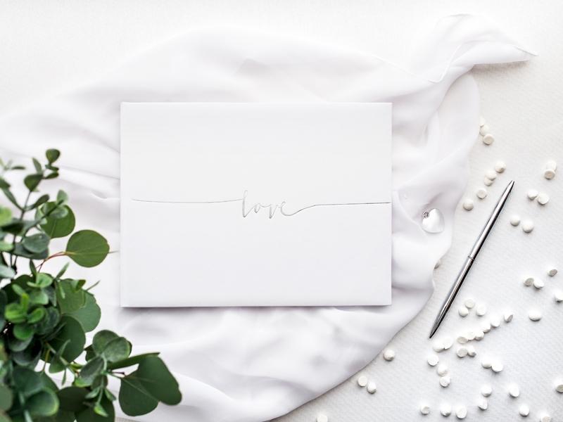 Kniha hostí biela Love strieborná - Obrázok č. 1