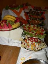 Naše večeře..Nevěsta měla jen meloun:-)
