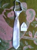 Kravata a záložka,
