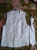 svadobná vesta s kravatou a záložkou, 46