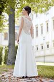 Svatební šaty s krajkovými zády, 36