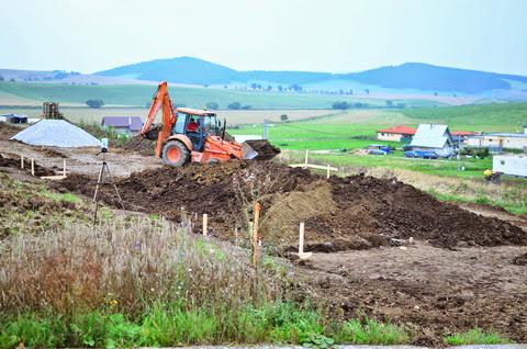 Raciodom - Prenášanie zeminy