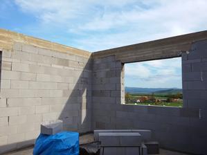 EPS aj na vrchnej strane okenných a dverných otvorov.