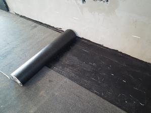 hydroizolácie podlahy v podobe KVK Parabit ASPA Bit V S35