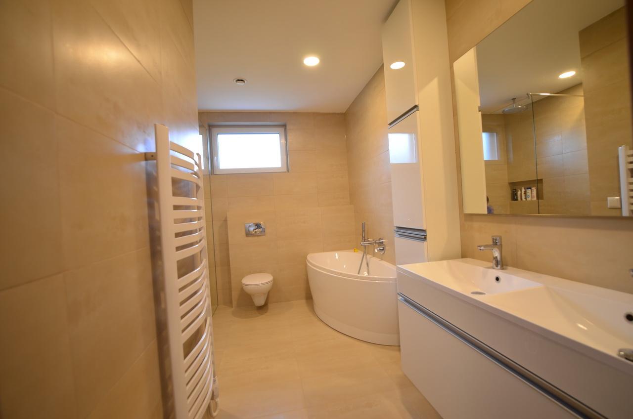 Raciodom - Kúpeľňa dokončená