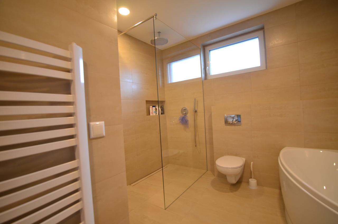 Raciodom - Sklenená sprchová zástena