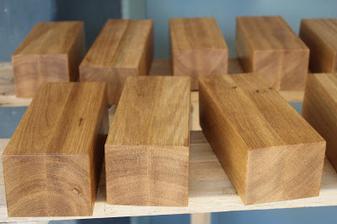 Drevené dubové nožičky