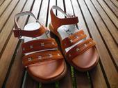 Remienkové sandálky, 24