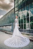 Krajkové svatební šaty s dlouhým rukávem, 34