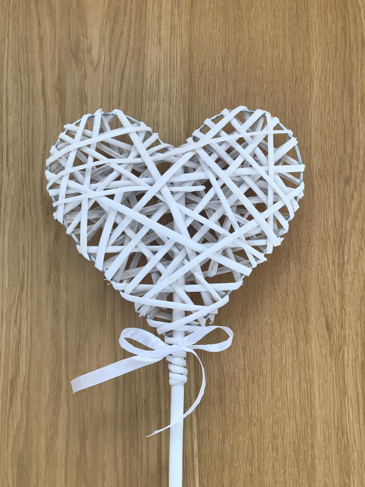 Ratanové srdce zapichovacie - Obrázok č. 2