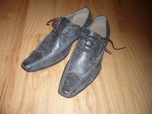 boty od ženicha