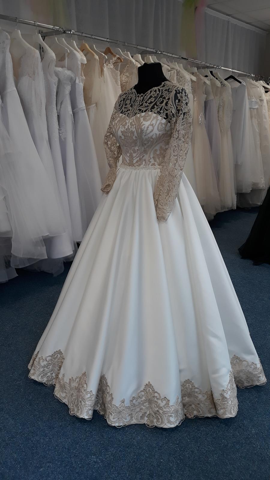 Svatební šaty  jen na objednání velikosti 36 až 42 - Obrázek č. 3
