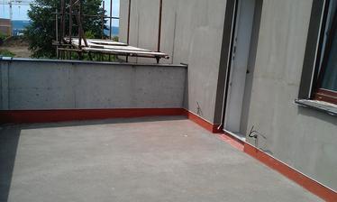 terasa je připravena k pokládce dlaždic
