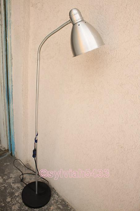 pokazená lampa ikea - Obrázok č. 1