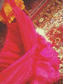 Riasené ružové šaty, 36