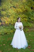 Originální svatební šaty, 40