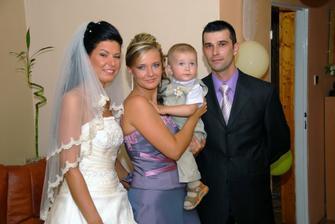 sestra s rodinkou