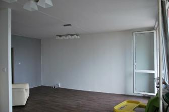 hotové stěny, podlaha a naše super světýlka