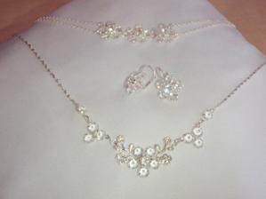 náramok, náušnice, náhrdelník
