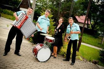 hudobná skupina BONITA - hostia ich zbožňovali