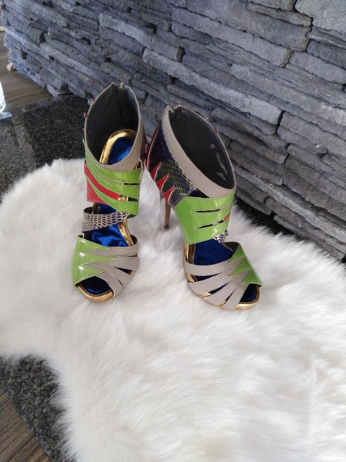 Farebné sandalky - Obrázok č. 2