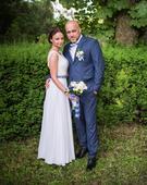 Perličkové svadobné šaty, 36