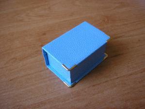 v této krabičce nám přišly prstýnky