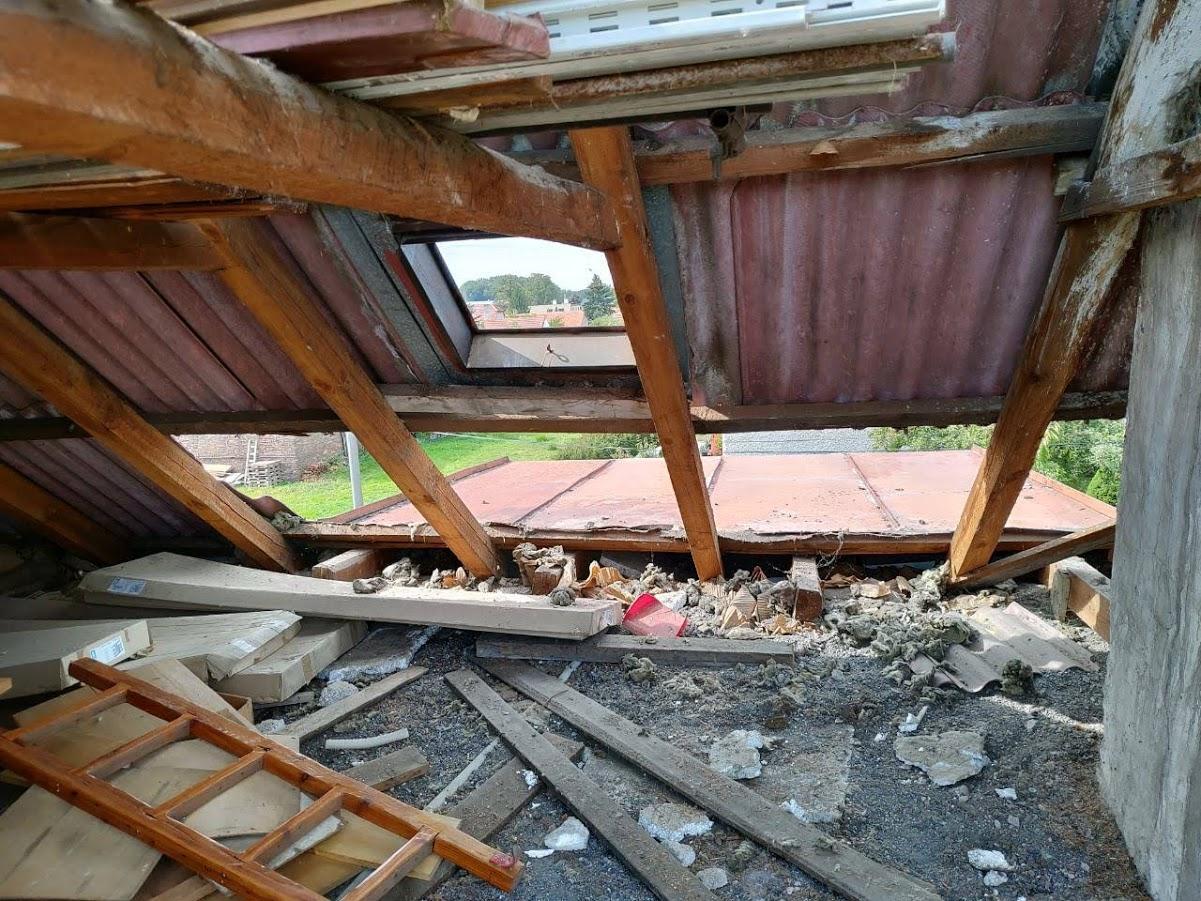 Starosti se střechou - Obrázek č. 2