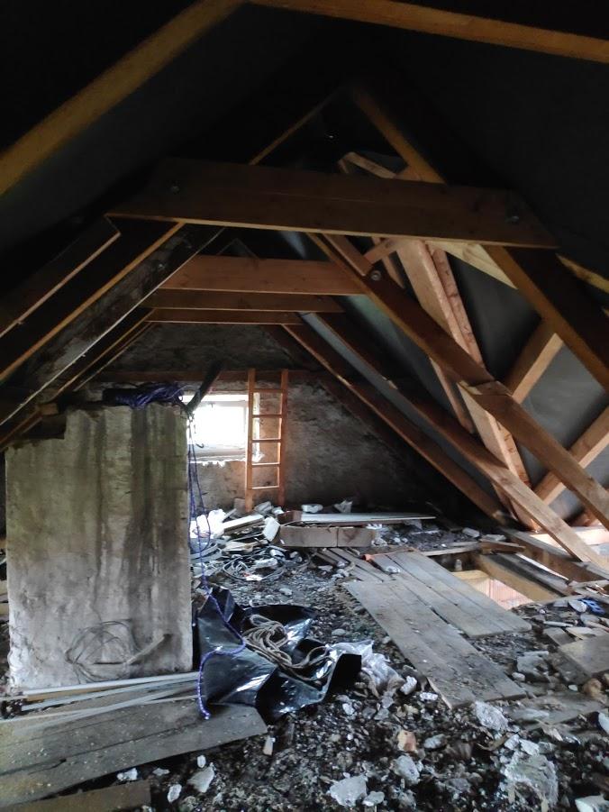 Starosti se střechou - Nové hambálky