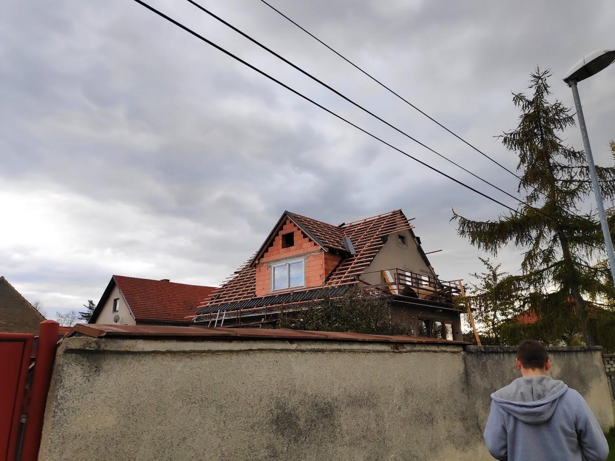 Starosti se střechou - Úplně nový vikýř
