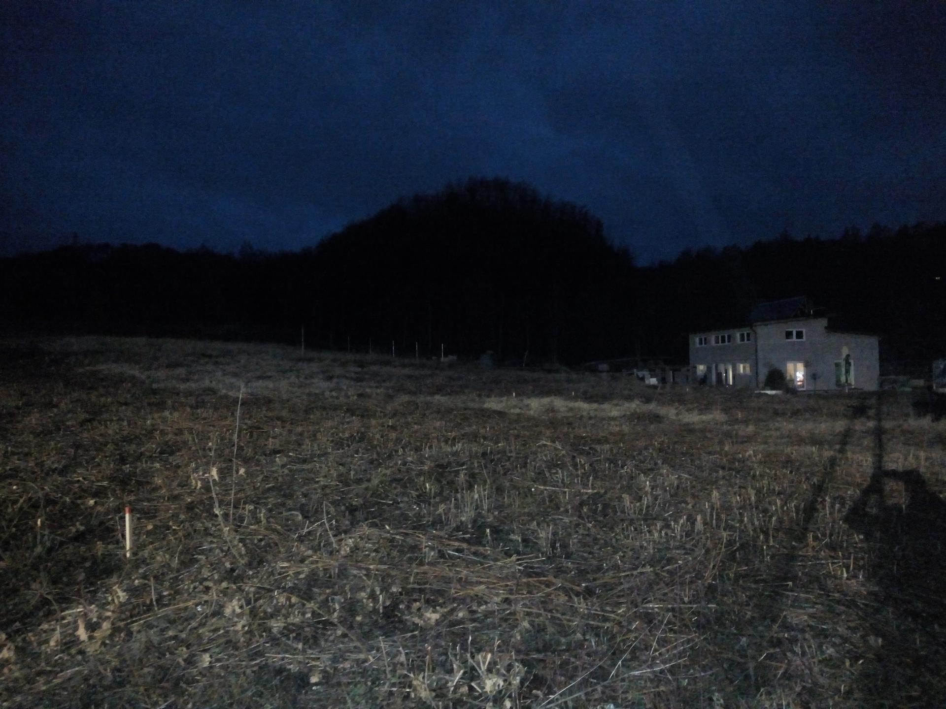 Příprava pozemku, bednění, základy, opěrka, bouda, plot - Obrázek č. 62